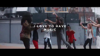 Bose TV Spot, 'Words to Work By: Choreographer Tanisha Scott' - Thumbnail 8