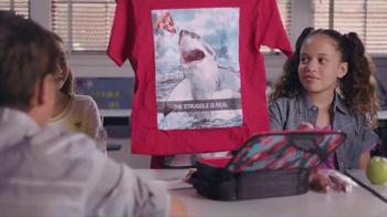 Kmart TV Spot, 'Regreso a Clases: camisetas' [Spanish]