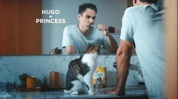 Meow Mix Brushing Bites TV Spot, 'Brushing Teeth'