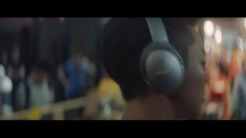 Bose QuietComfort 35 TV Spot, 'Words to Work By: Chef Kristen Kish' - Thumbnail 2