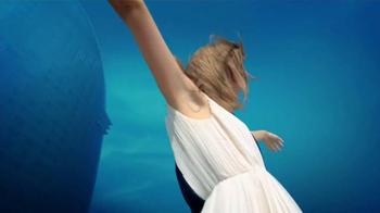 Venus Swirl TV Spot, 'Suavizarse' [Spanish] - Thumbnail 9