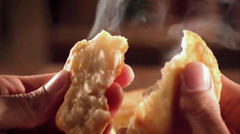 Popeyes Love That Chicken Month TV Spot, 'Singing' - Thumbnail 6