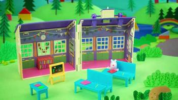 Peppa Pig TV Spot, 'School Day' - Thumbnail 7