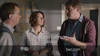 Time Warner Cable Phone TV Spot, 'Moving In' - Thumbnail 5