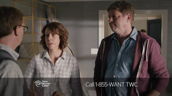 Time Warner Cable Phone TV Spot, 'Moving In' - Thumbnail 6