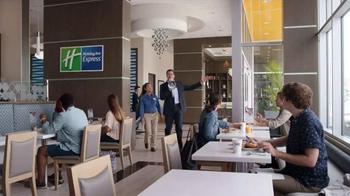 Holiday Inn Express TV Spot, 'Bullhorn' Featuring Rob Riggle - Thumbnail 2