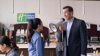 Holiday Inn Express TV Spot, 'Bullhorn' Featuring Rob Riggle - Thumbnail 7