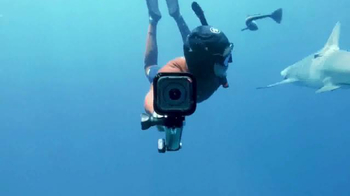 GoPro HERO Session TV Spot, 'Top of the World' Song by Wolfmother - Thumbnail 6