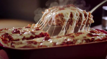 Stouffer's Lasagna TV Spot, 'La señora Stouffer' [Spanish] - Thumbnail 6