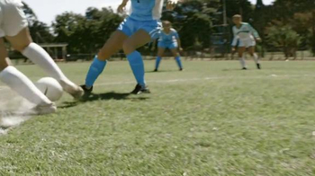 Chevrolet FC TV Spot, 'The Beautiful Game: Manchester United' - Thumbnail 2