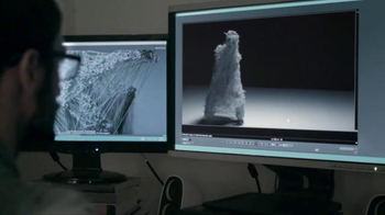 Microsoft TV Spot, 'No Bounds: Art and Technology Join to Redefine Dance' - Thumbnail 8
