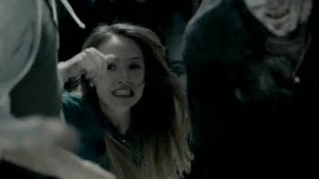 Universal Studios Halloween Horror Nights TV Spot, 'The Walking Dead' - Thumbnail 6