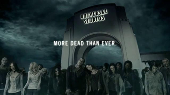 Universal Studios Halloween Horror Nights TV Spot, 'The Walking Dead' - Thumbnail 8