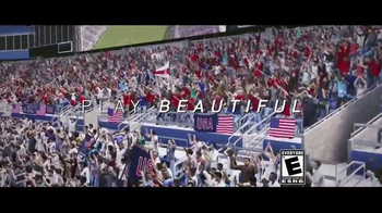 FIFA 16 TV Spot, 'Play Beautiful' Featuring Lionel Messi, Kobe Bryant - Thumbnail 8