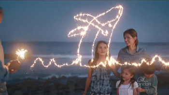 Pacific Life TV Spot, 'Lifelong Retirement Income: Sparklers' - Thumbnail 6