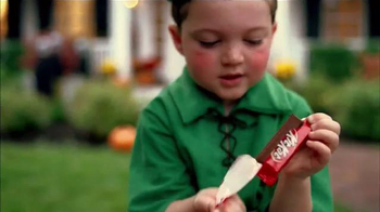 KitKat TV Spot, 'Halloween Sounds of KitKat' - Thumbnail 5
