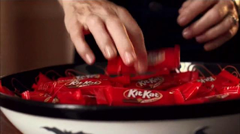 KitKat TV Spot, 'Halloween Sounds of KitKat' - Thumbnail 6