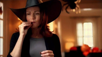 KitKat TV Spot, 'Halloween Sounds of KitKat' - Thumbnail 7