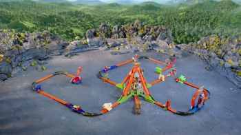 Hot Wheels Volcano Blast Track Builder Set TV Spot, 'Ultimate Adventure' - Thumbnail 6