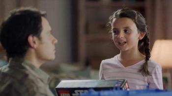 Walmart TV Spot, 'Que la fuerza te acompane' [Spanish] - Thumbnail 5