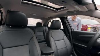 Chevrolet TV Spot, 'Awards: Malibu, Silverado 1500 and Equinox' - Thumbnail 4