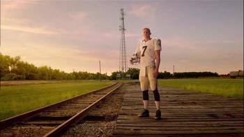 Verizon TV Spot, 'A Better Network: Backup Quarterback Luke McCown' - Thumbnail 2