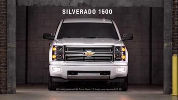 Chevrolet TV Spot, 'Chevy Truck Month: Doors' - Thumbnail 9