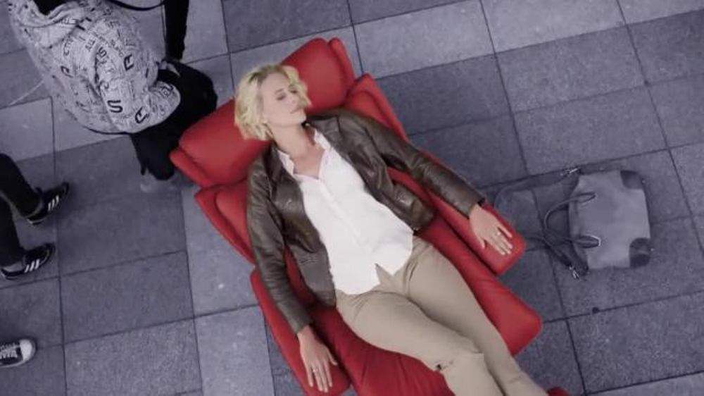 Ekornes Stressless TV Commercial, 'Credit'