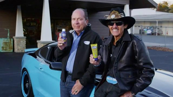 Blue-Emu TV Spot, 'Stats' Featuring Johnny Bench, Richard Petty - Thumbnail 5
