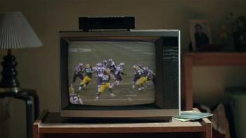 DIRECTV NFL Sunday Ticket TV Spot, 'Skinny Legs Peyton Manning' - Thumbnail 4