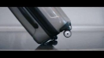 Verizon TV Spot, 'Crónica de productos desconfiables' [Spanish] - Thumbnail 4