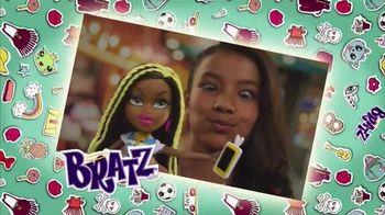 Bratz Selfie Snaps TV Spot, 'Bratz Style' - 159 commercial airings