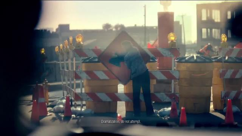 Nissan Rogue TV Commercial, 'Family Visit' Song by Edwin ...