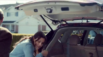 Nissan Rogue TV Spot, 'Family Visit' Song by Edwin Starr - Thumbnail 9