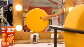 Cheez-It TV Spot, 'You Can't Rush Beauty' Featuring Desmond Howard - Thumbnail 2
