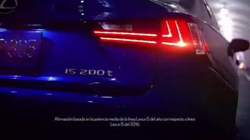 Lexus IS TV Spot, 'El jefe de discoteca' [Spanish] - Thumbnail 8