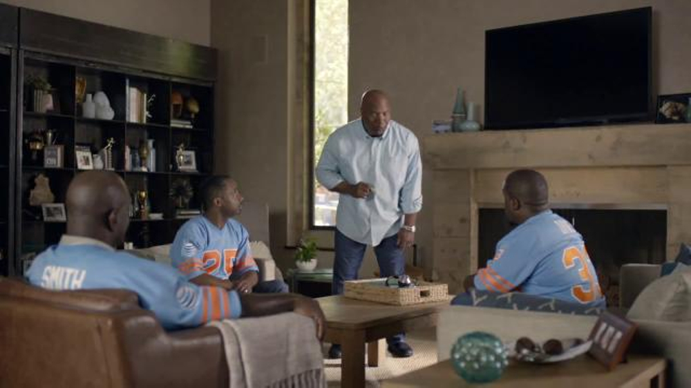 AT&T TV Commercial, 'College Football: Tweet' Featuring Bo Jackson