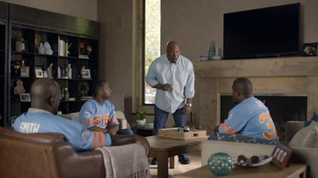 AT&T TV Spot, 'College Football: Tweet' Featuring Bo Jackson - 651 commercial airings