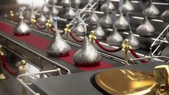 Hershey's Kisses TV Spot, 'Sentimientos y besos' [Spanish] - Thumbnail 4