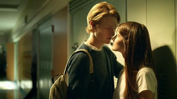 Verizon TV Spot, 'A Better Network as Explained by a High School It Couple' - Thumbnail 5