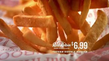 Red Robin Tavern Double Burger TV Spot, 'Hallucinations' - Thumbnail 7