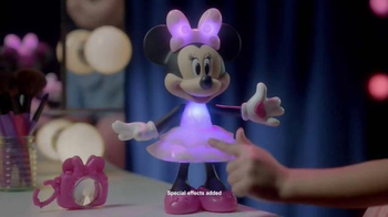 Rainbow Dazzle Minnie TV Spot, 'Perfect Outfit' - Thumbnail 4
