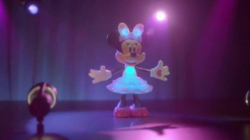 Rainbow Dazzle Minnie TV Spot, 'Perfect Outfit' - Thumbnail 7