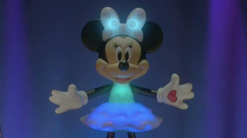 Rainbow Dazzle Minnie TV Spot, 'Perfect Outfit' - Thumbnail 8