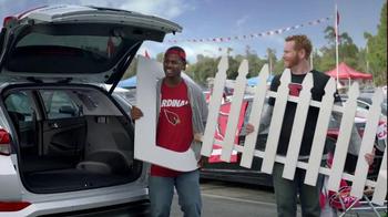 2016 Hyundai Tuscon TV Spot, 'NFL Sponsorship: D-Gate' - Thumbnail 5