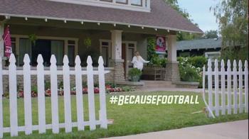 2016 Hyundai Tuscon TV Spot, 'NFL Sponsorship: D-Gate' - Thumbnail 9