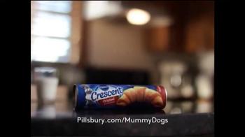 Pillsbury Crescent Rolls TV Spot, 'Give It a Pop: Waiting' - Thumbnail 7