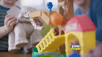 Little People Big Animal Zoo TV Spot, 'Wild About Animals' - Thumbnail 2