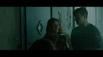 Motorola Moto Z Droid TV Spot, 'Zombie Escape' - Thumbnail 6