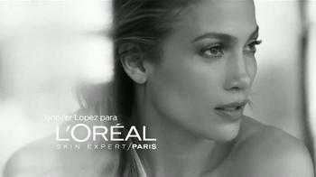 L'Oreal Paris Bright Reveal Peel Pads TV Spot, 'Radiante' [Spanish] - Thumbnail 1
